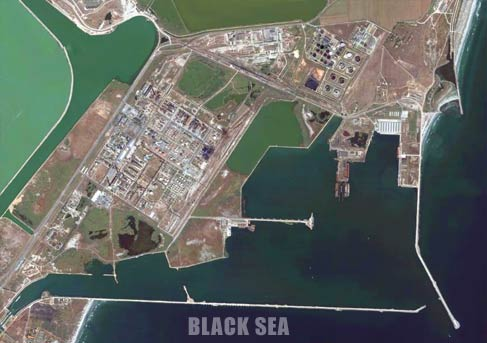 The Mdia port seen from satellite